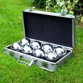 Boule-set-wedding-lawn-games