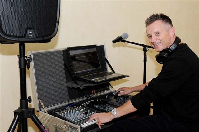 perfect-tone-music-mobile-dj-entertainment-wedding-event-gauteng-2