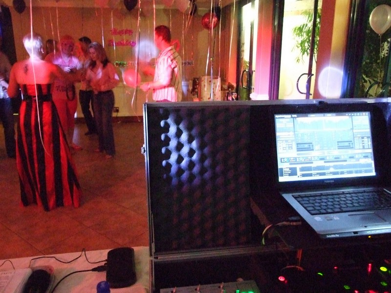 perfect-tone-music-mobile-dj-entertainment-wedding-event-gauteng-4