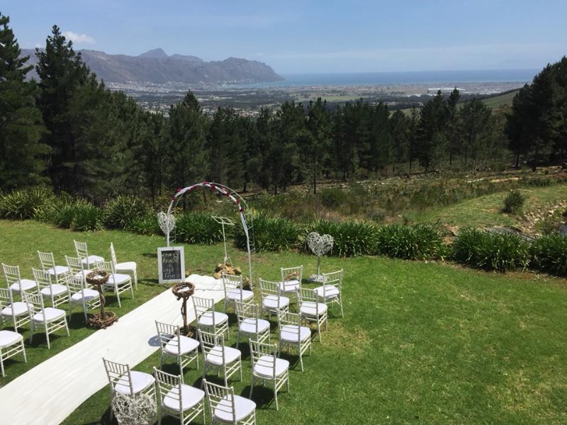 lalapanzi-lodge-intimate-wedding-venue-western-cape-6