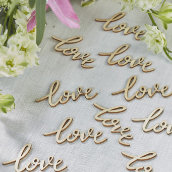 Wedding-Love-Wooden-Confetti