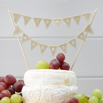 Hessian Just Married Cake Bunting