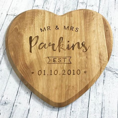 wooden-board-cheese-wedding-engrave-personalised