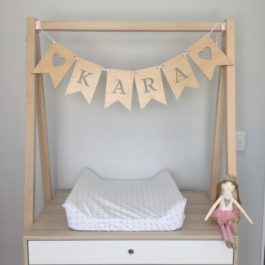 wooden-customised-baby-shower-bunting