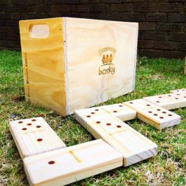 Dominoes-set-wedding-lawn-games