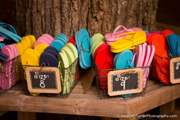 southern-wedding-favors-flip-flops
